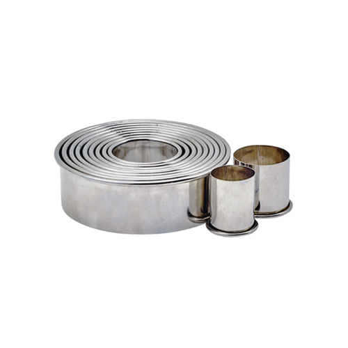 Winco CST-2 11-Piece Round Plain Stainless Steel Cookie Cutter Set